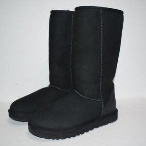 UGG Womens Classic Tall II Boots Size 8